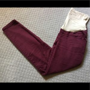 Maternity skinny pants/jeggings